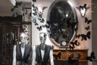 Lanvin и бабочки: красивое оформление витрин