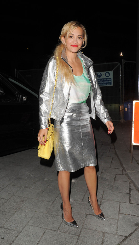 Singer+Rita+Ora+wearing+silver+leather+skirt+cqgaoMOZxp4x