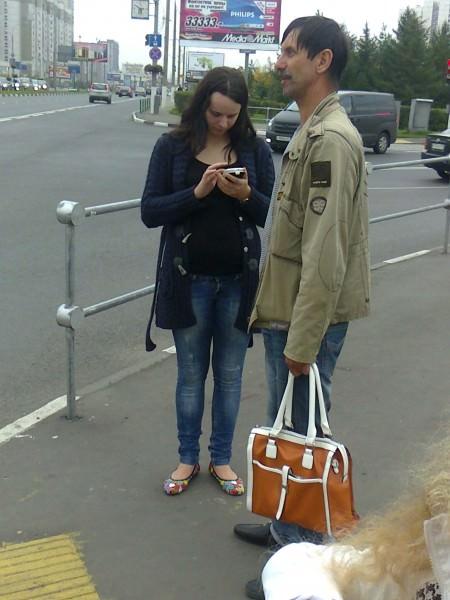 13cc70daec9d Мужчина с женской сумочкой - Модный блог