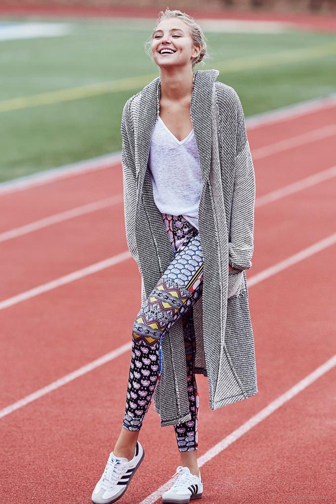 rachel-hilbert-urban-outfitters-activewear01