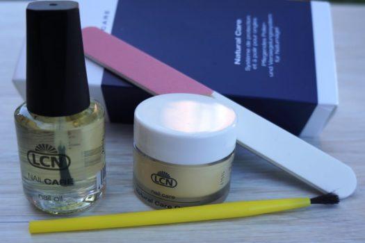 Полируем ногти вместе с Natural Nail Care System от LCN