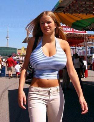 смотреть большая грудь худой
