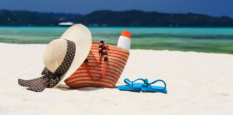 http://www.dreamstime.com/royalty-free-stock-image-hat-bag-sun-glasses-flip-flops-tropical-beach-vacation-concept-image40881816