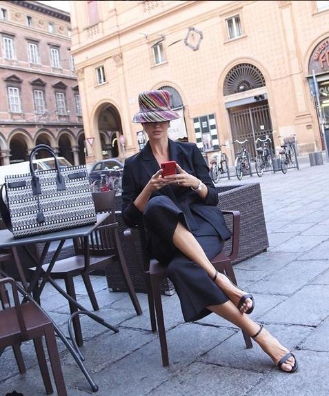 стильная бабушка блогер