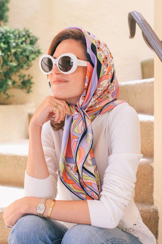 шелковый шарф прическа